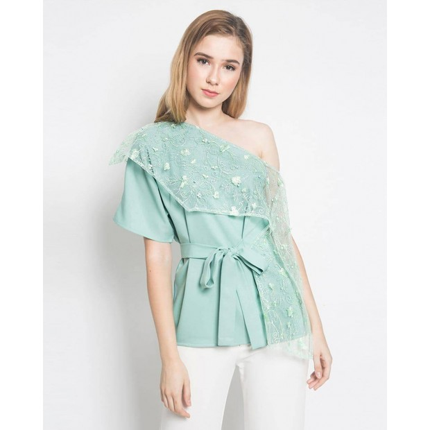 Thely Lace Top